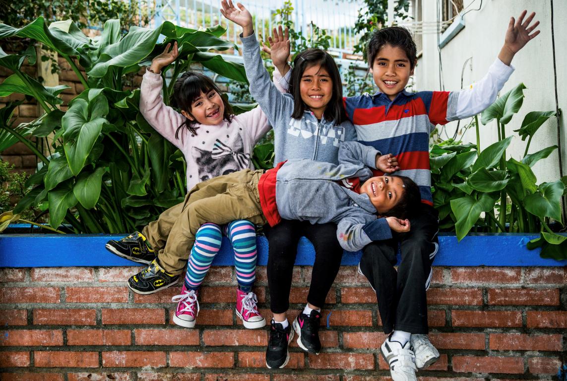 Kids - Giving Back (Medium)